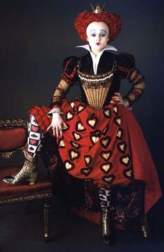 Alice in Wonderland. Helena Bonham Carter as Queen of Hearts from Alice in Wonderland 2010 by Tim Burton Colleen Atwood, Red Queen Costume, Queen Of Hearts Costume, Queen Of Hearts Makeup, Red Costume, Queen Alice, Queen Queen, Queen Of Hearts Alice, White Queen