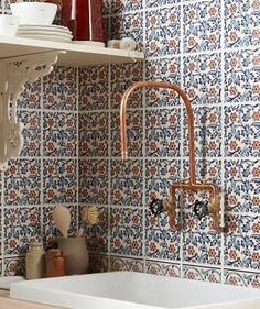 Hand decorated in Stoke-on-Trent, the colour and style of the Minton Hollins Alice blue tiles evoke a true Victorian spirit. Designed to be used as a border with the coordinating tiles from the range, this ceramic, glossy piece has a timeless pattern. Bathroom Wall Panels, Art Deco Bathroom, Bathroom Tile Designs, Diy Bathroom Decor, Bathroom Layout, Wall Tiles, Small Bathroom, Bathroom Ideas, Johnson Tiles