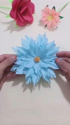 DIY Handmade Christmas Snowflake - Holiday wreaths christmas,Holiday crafts for kids to make,Holiday cookies christmas, Paper Flowers Craft, Paper Crafts Origami, Flower Crafts, Diy Flowers, Paper Crafting, Handmade Paper Flowers, Flower From Paper, Paper Flowers How To Make, Flower Making Crafts