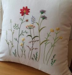 Sweet Crewel Embroidery Kits, Embroidery Needles, Ribbon Embroidery, Japanese Embroidery, Cushion Embroidery, Hand Embroidery Projects, Machine Embroidery Patterns, Floral Embroidery, Pillow Crafts