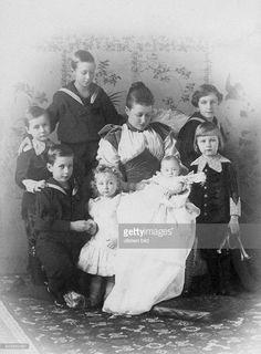 Auguste Viktoria - German Empress, Queen of Prussia*22.10.1858- - with her children: Crown Prince Frederick William and the Princes Eitel Friedrich, Adalbert, August Wilhelm, Oskar, Joachim and Princess Viktoria Luise - Photographer: Selle