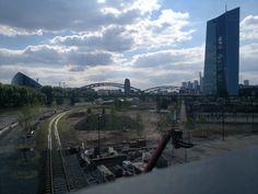 Baustelle EZB Main Frankfurt Brücke