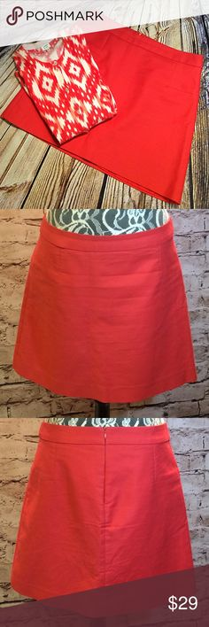MAX STUDIO CORAL SKIRT Pretty skirt in gently used condition Max Studio Skirts