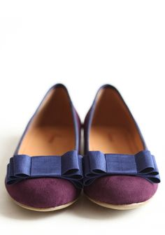 falling in love with these perfect for fall flats, and they are AFFORDABLE too!