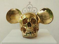 Agus Suwage makes skully versions of very famous artworks / www.creativeboysclub.com