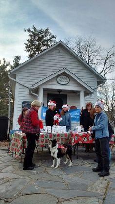 Christmas Stroll proceeds to watauga  animal shelters
