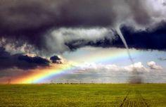 tornado-arcoiris en  Colorado EE.UU
