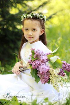 People Around The World, Cute Girls, Children, Kids, Flower Girl Dresses, Organization, Wedding Dresses, Party, Blog