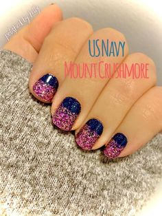 I love this color street mani! To get this look you need US Navy and Mount Crushmore! Click the link to buy now! Sassy Nails, Cute Nails, Pretty Nails, Nail Color Combos, Nail Colors, Color Streaks, Nail Polish Strips, Beautiful Nail Designs, Color Street Nails
