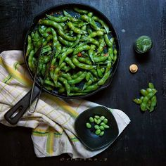 "106 Likes, 3 Comments - V E E (@vfriska_p) on Instagram: ""Spicy Garlic Edamame . Page 24 #MyStill_Food photo project . . Cast iron skillet by…"""