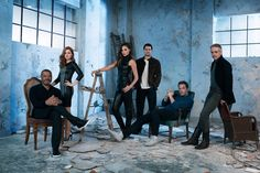 "Cast photo ""Batman v Superman: Dawn of Justice"" I Ben Affleck, Gal Gadot, Henry Cavill, Amy Adams, Jeremy Irons, Laurence Fishburne"