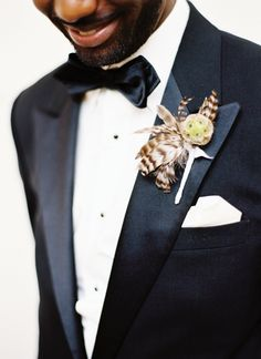 feather boutonniere | Jonathan Canlas #wedding