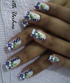 Diseño flores 2016 French Nail Designs, Creative Nail Designs, Colorful Nail Designs, Creative Nails, Nail Art Designs, Daisy Nails, Purple Nails, Perfect Nails, Fabulous Nails