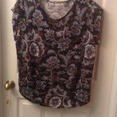 Loft tshirt Cap sleeve. 100% linen. Navy, blue, coral, brown/green paisley and floral print. Worn once. LOFT Tops Tees - Short Sleeve
