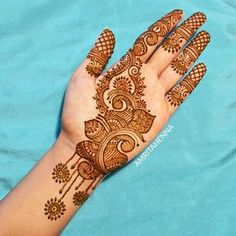 Mehndi henna designs are searchable by Pakistani women and girls. Women, girls and also kids apply henna on their hands, feet and also on neck to look more gorgeous and traditional. Palm Mehndi Design, Simple Arabic Mehndi Designs, Mehndi Designs Book, Full Hand Mehndi Designs, Mehndi Designs 2018, Mehndi Design Pictures, Mehndi Designs For Girls, Wedding Mehndi Designs, Dulhan Mehndi Designs