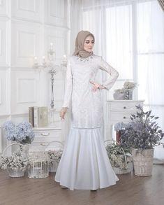 35 Ideas Dress Maxi Formal Inspiration For 2019 Dresses For Teens, Trendy Dresses, Modest Dresses, Women's Fashion Dresses, Casual Dresses, Hijab Fashion, Dress Brokat, Kebaya Dress, Hijab Dress Party