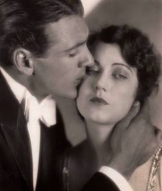 """Gary Cooper and Fay Wray in the silent film """"The first kiss"""" Directed by Rowland V. Lee, 1928 Black and white Gary Cooper, Hollywood Actor, Hollywood Actresses, Hollywood Icons, Old Movies, Vintage Movies, Vintage Hollywood, Classic Hollywood, Movie Kisses"""