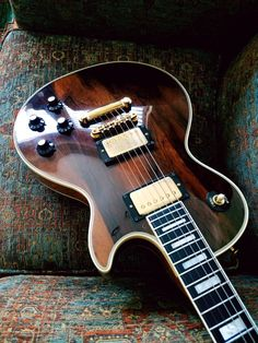 1975 Gibson Les Paul Custom Brazilian Rosewood Top--- photo by Guitars_Addiction USA subjects to copyrights.