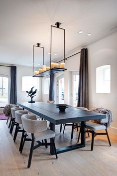 32 Fabulous Contemporary Dining Room Decorating Ideas - The latest trends, the newest styles, ah, this is what makes the world go around. Contemporary dining room sets can help you to make a statement about. Upholstered Dining Chairs, Dining Room Chairs, Dining Room Furniture, Furniture Ideas, Dining Area, Furniture Makeover, Low Back Dining Chairs, Furniture Design, Dining Room Sets