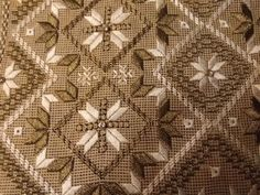 Hardanger Embroidery, Embroidery Patterns, Needlepoint Stitches, Bargello, Macrame, Bohemian Rug, Diy Crafts, Quilts, Blanket
