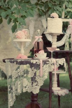 Lovely country wedding vintage table setting