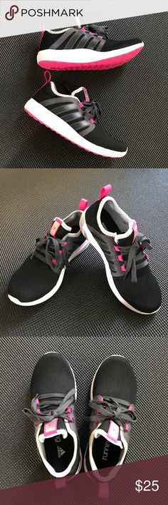 Adidas Running Fresh Bounce Shoes Status: Very good condition, pre-owned. From a smoke & pet-free home. Brand: Adidas Size: 6M/36 Color: Black/Pink  Details Adidas Running Fresh Bounce     Not trading  ➖Comment below for any questions ➖Reasonable offers