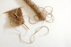 Kitchen Scrubber Knitted from Twine.   GOod idea... and i just so happen to have some twine...