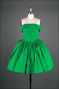 Vintage 50's green dress