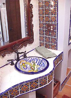 ~ Amazing how a beautifully framed bathroom mirror gives way to the tiles working in tandem here. Love how the tiled wall and supporting border below the countertop take center stage in this lovely Spanish-style bathroom. Spanish Bathroom, Spanish Style Bathrooms, Spanish Style Homes, Spanish House, Bath Design, Tile Design, Estilo Colonial, Spanish Colonial, Spanish Revival