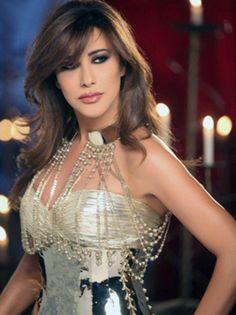 من هم أكثر النجوم العرب ثراءً حتى الآن ؟...شاهدوا الصور