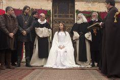 Las mejores imágenes  de la autoproclamación de 'Isabel' en imágenes: www.rtve.es/f/103795