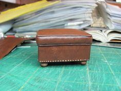 """Dollhouse Miniature Furniture - Tutorials   1 inch minis: How to make a """"leather"""" ottoman"""