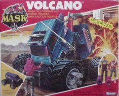 uff me acuerdo que Volcano era cotizadisimo y muy caro por ser de pilas. Pocos lo tuvieron, Jugué con él una vez en casa de un amigo. gran M.A.S.K.