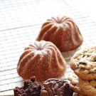 Try the Gluten-Free Cakelets Recipe on williams-sonoma.com