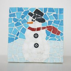 Snowman Mosaic Coaster Winter Holidays Christmas Frosty Snow Home decor Deck the halls Trim the tree Mosaic Crafts, Mosaic Projects, Mosaic Art, Mosaic Glass, Mosaic Tiles, Stained Glass, Fused Glass, Christmas Mosaics, Christmas Art