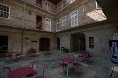 Pousada de Juventude de Guimarães #guimaraes #history #urban #culture #youthhostels #wheretostay #portugal Portugal, Culture, Urban, History, Home Decor, Youth, Historia, Decoration Home, Room Decor