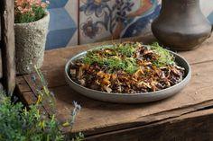 תבשיל עדשים ואטריות מדמשק של מסעדת עלה גפן (דרור עינב)