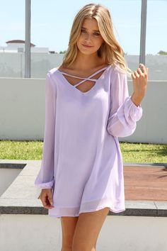 billowing lilac dress. please and thank you.