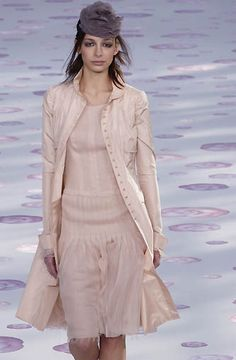 Chanel - Haute Couture - Spring / Summer 2002
