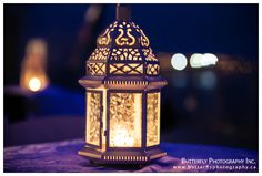 Moroccan lantern centerpieces at night