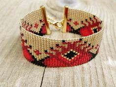 Wide loom beaded bracelet with African motifs, Red and gold colors, Gold plated clasp Boho Style, Seed Beads, Loom, Beaded Jewelry, Cuff Bracelets, Plating, African, Crystals, Colors