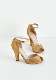 Fine Dining Heel in Gold | Mod Retro Vintage Heels | ModCloth.com