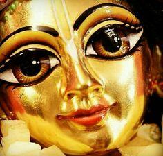 Jai Shree Krishna, Krishna Radha, Iskcon Krishna, Little Krishna, Krishna Statue, Krishna Janmashtami, Radha Krishna Wallpaper, Lord Krishna Images, Radha Rani