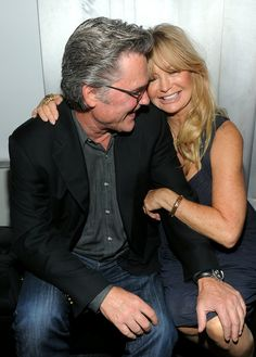 Bask in the Glory That Is Goldie Hawn and Kurt Russell's Relationship Evolution Bask in the Glory That Is Goldie Hawn and Kurt Russell's Relationship Evolution Hollywood Couples, Celebrity Couples, Celebrity Photos, Goldie Hawn Kurt Russell, Famous Couples, Star Wars, Kate Hudson, Images Google, Aging Gracefully