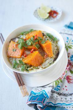 Pumpkin Laksa – Eat, Little Bird Veg Recipes, Gluten Free Recipes, Dinner Recipes, Healthy Recipes, Delicious Recipes, Healthy Dishes, Healthy Eating, Healthy Food, Laksa