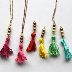 Learn how to make a gorgeous tassel necklace in this easy to follow step-by-step tutorial with photography.