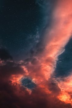 dennybitte: what remains are memories by Denny Bitte photograpy Amazing Photography, Landscape Photography, Sky Gazing, Red Sky At Morning, Amazing Nature Photos, Night Sky Wallpaper, Lilac Sky, Look At The Sky, Cloud