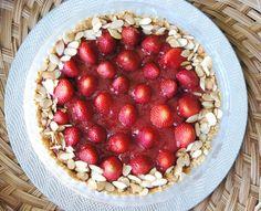 Strawberry Almond Cream Tart. The perfect (and simple!) summer dessert| BetsyLife