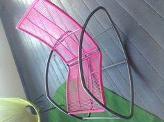 Fel gekleurde schommelstoel - Love!