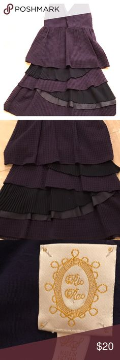ᑎᗩᐯY ᗷᒪᑌE ᗪᖇEᔕᔕ Anthropology navy blue ruffled sundress. Perky and comfy and barely worn! Anthropologie Dresses